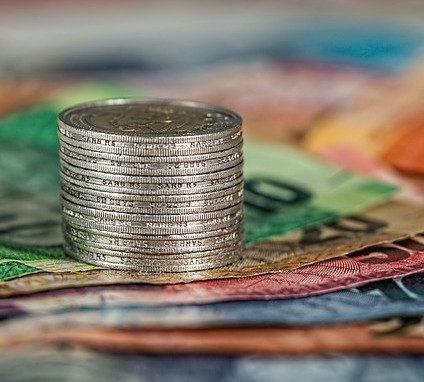 affiliate marketing vs mlm potential income